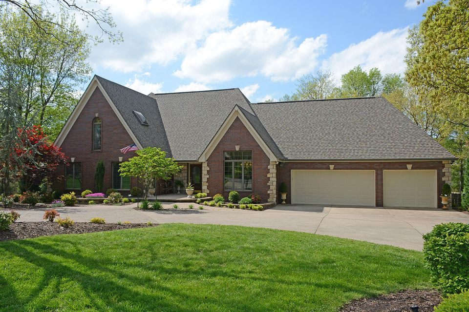 5151 South Aleshire Court Springfield, MO 65804