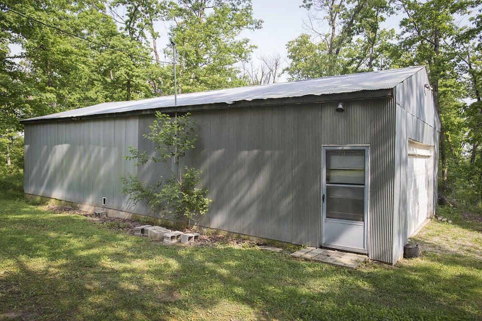 1715  Vinyard Road Marshfield, MO 65706