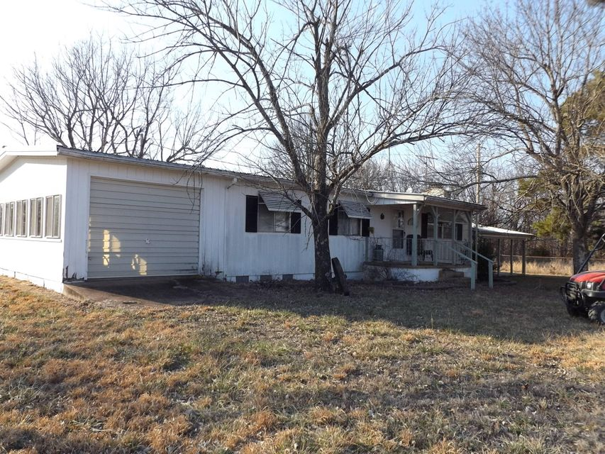 615  Elbow Road Protem, MO 65733