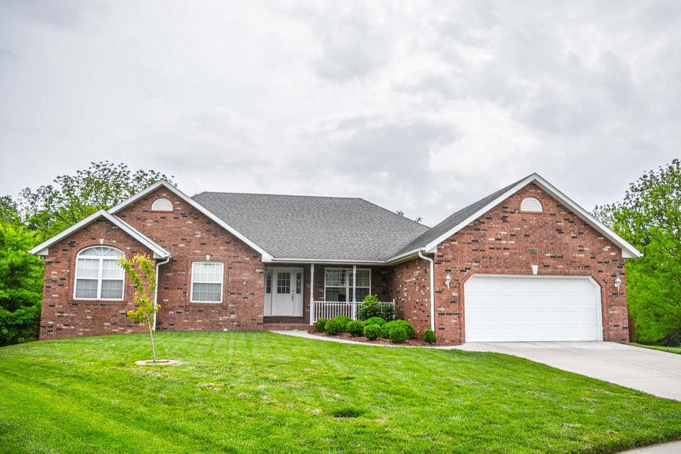 3780 North Valley Place Springfield, MO 65803