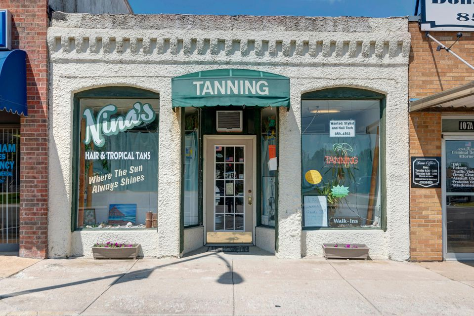 105 North Clay Street Marshfield, MO 65706