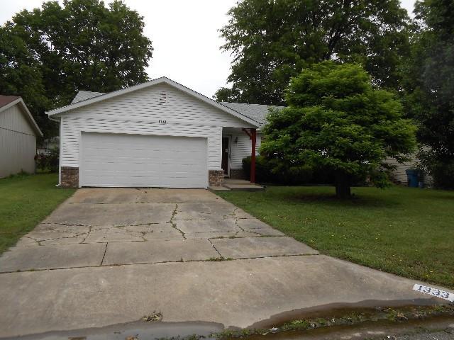 1333 W Glenwood Street, Springfield, MO 65807