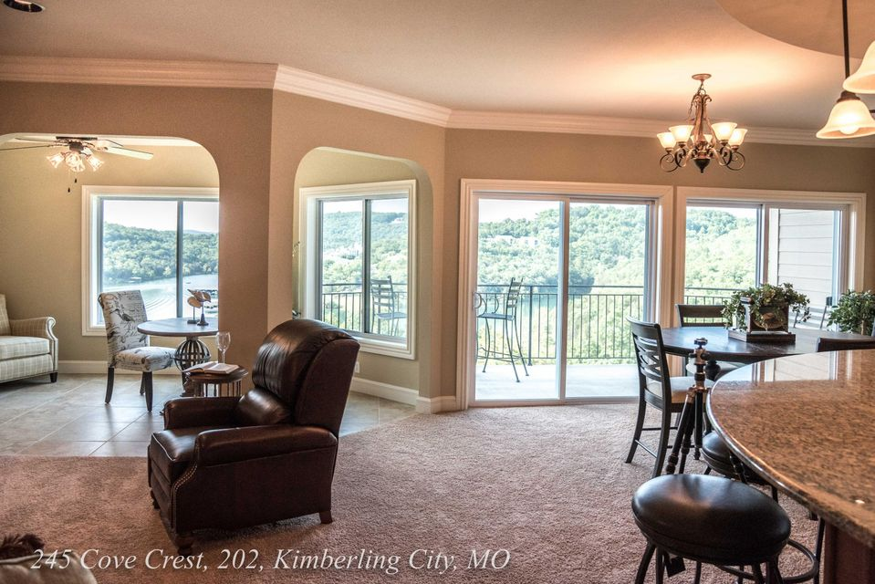 245  Cove Crest #105 Kimberling City, MO 65686
