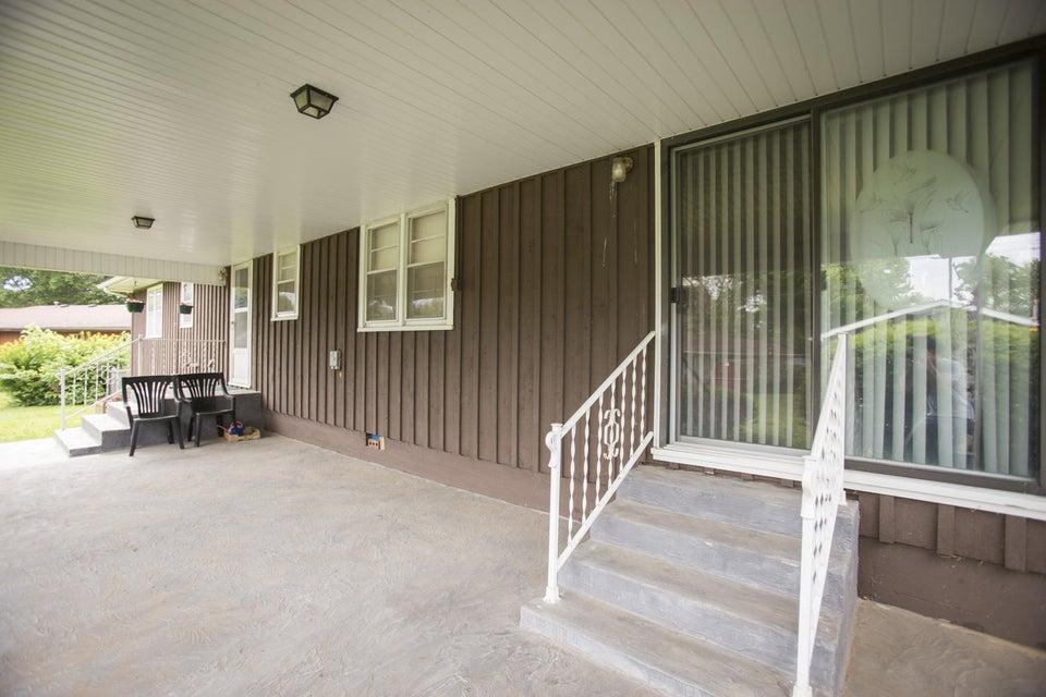 547 South Buxton Lane Republic, MO 65738