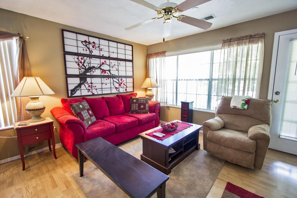 Fall creek condos branson missouri for Branson condo rentals 3 bedroom