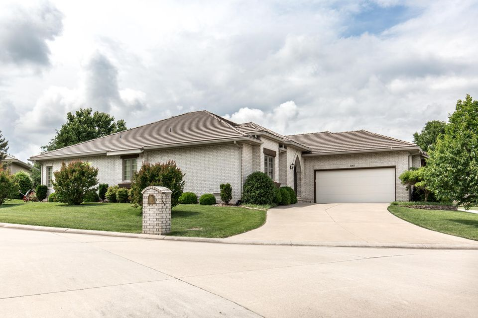 3967 East Villa Way Springfield, MO 65809