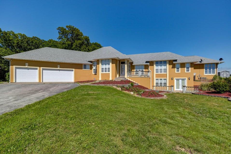 383  Safari Lane Strafford, MO 65757