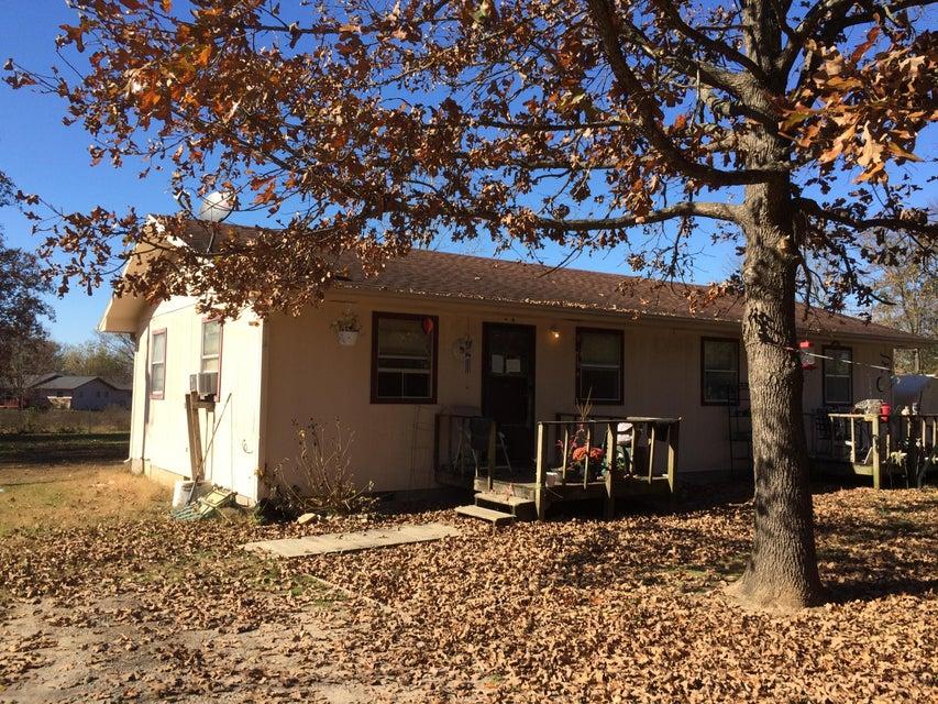 425  Alma Street Taneyville, MO 65759