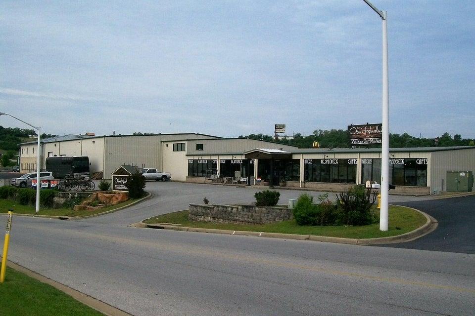 135  Southtown Blvd. Boulevard Hollister, MO 65672