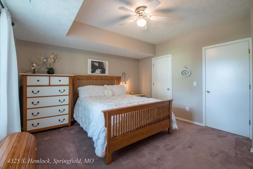 Cedar Creek In Springfield  Bedrooms Residential  MLS - Bedroom furniture springfield mo