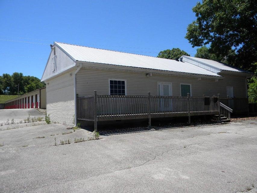 21009  Main Street Reeds Spring, MO 65737