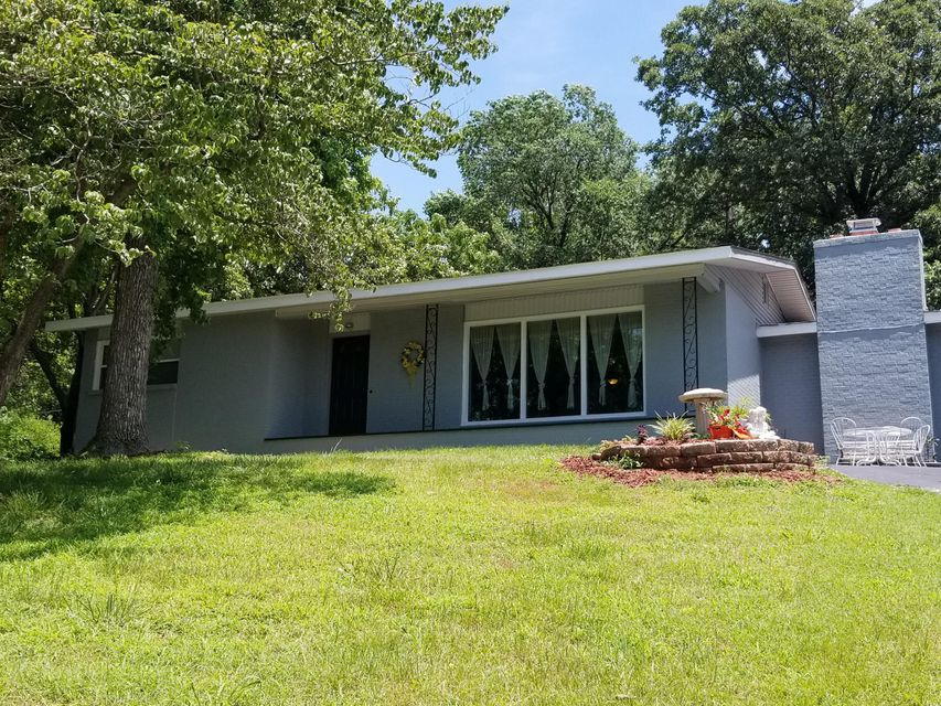 607 North Hemphill Avenue Crane, MO 65633