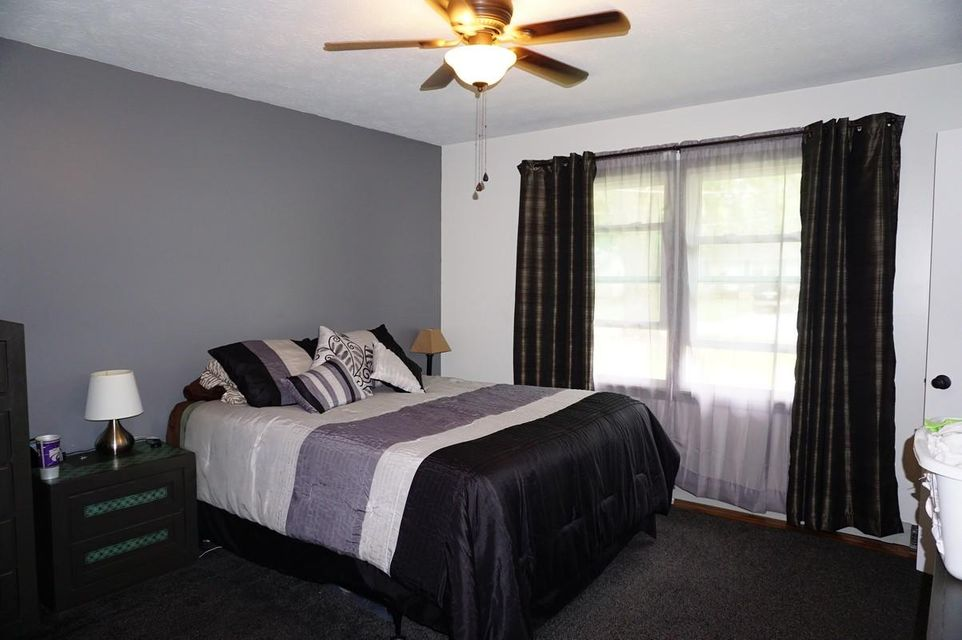 Greenenot In List In Springfield  Bedrooms Residential - Bedroom furniture springfield mo