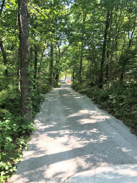 2230 E Meadow View Road, Ozark, MO 65721