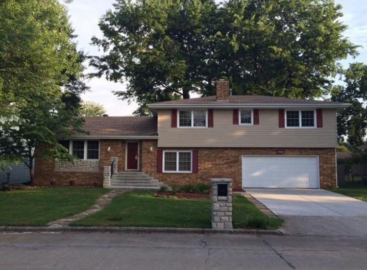 1062 East Meadowlark Street Springfield, MO 65810