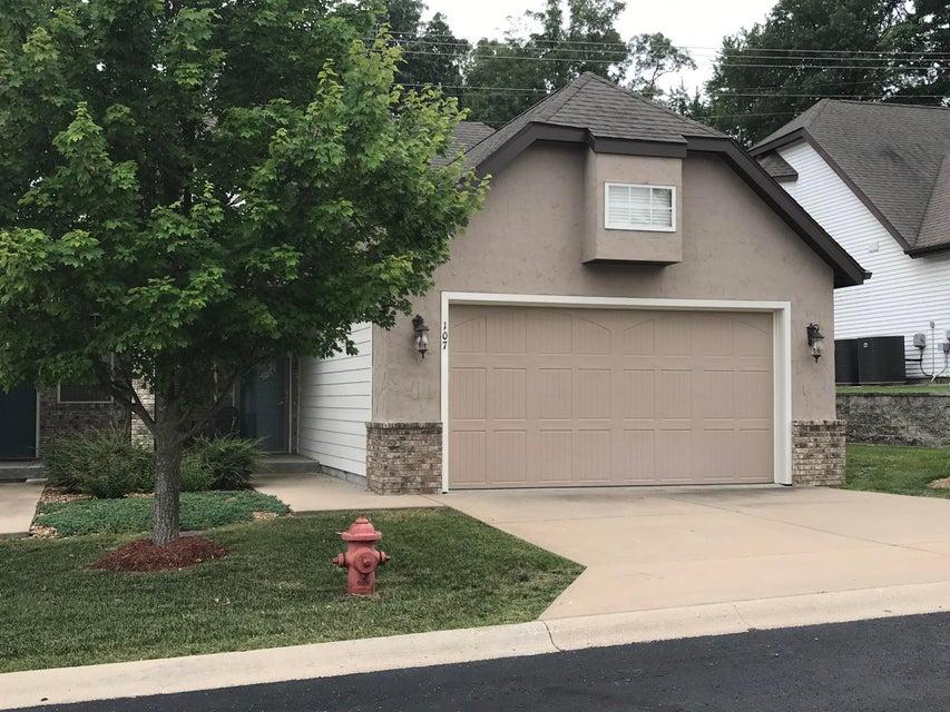 107  Residence Lane Branson, MO 65616