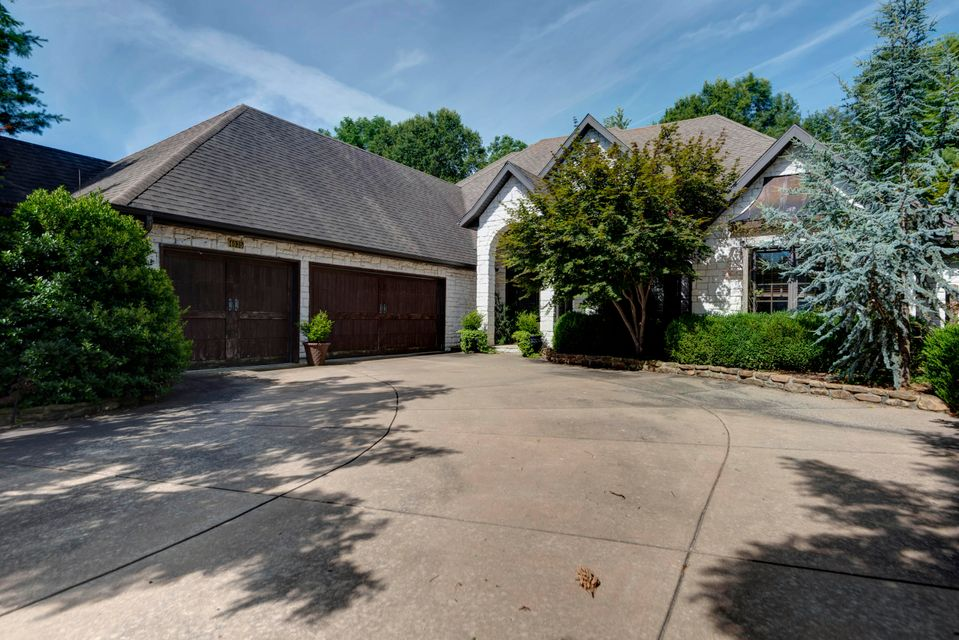 4035 East Windsong Street Springfield, MO 65809