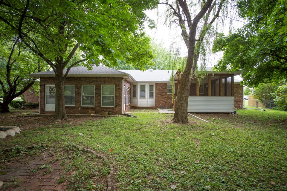 2849 South Market Avenue Springfield, MO 65807