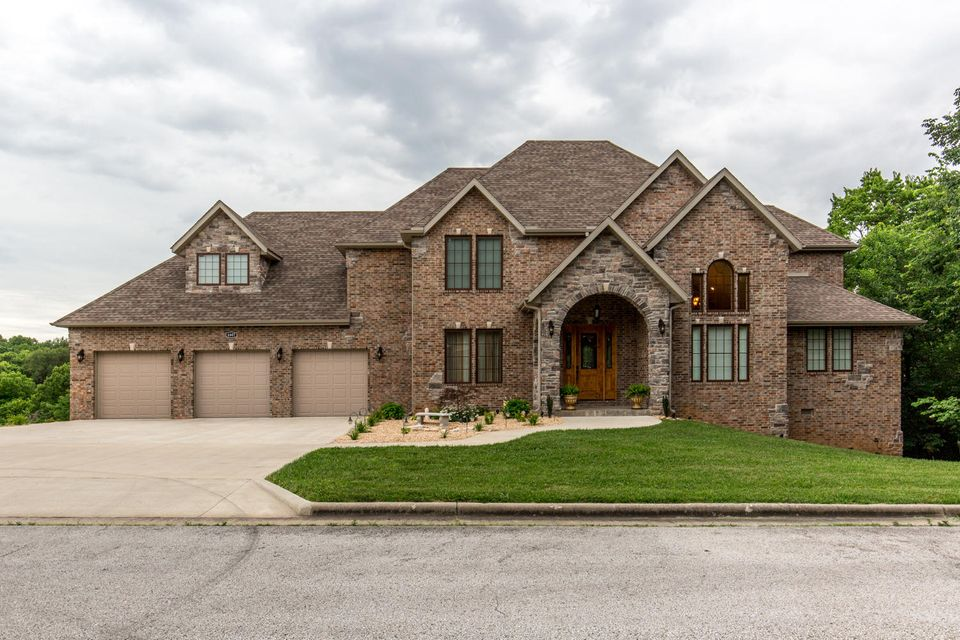 4607 South Luster Avenue Springfield, MO 65804