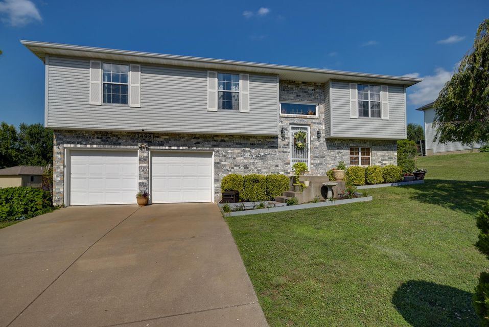 1498 South 12TH Avenue Ozark, MO 65721