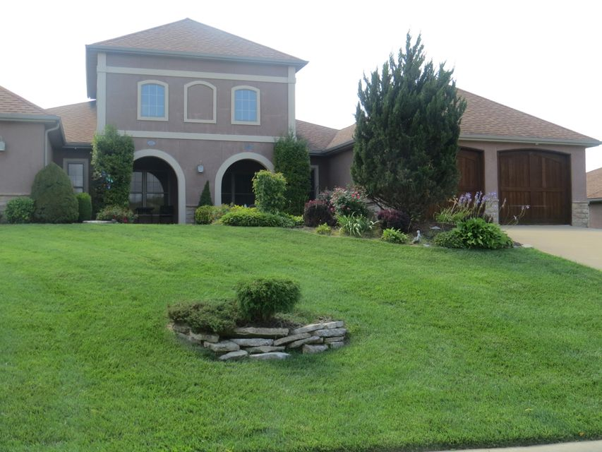 117 North Tuscany Drive Hollister, MO 65672