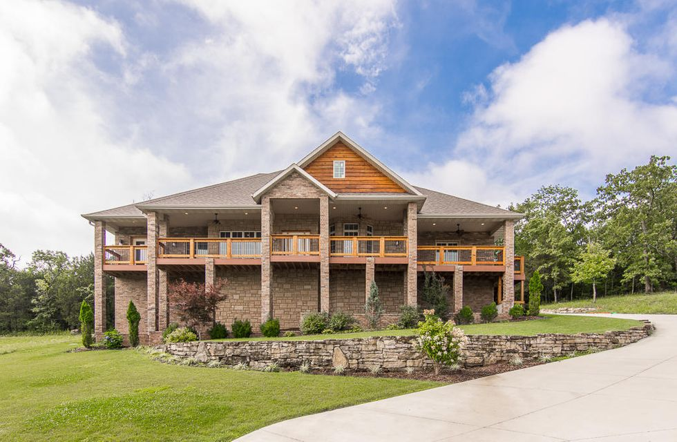 601  Splitrail Pass Branson West, MO 65737