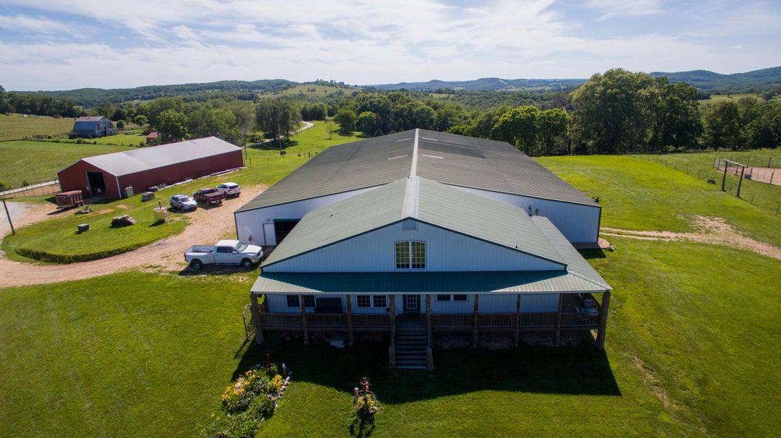 26362  Farm Rd 2125 Cape Fair, MO 65624