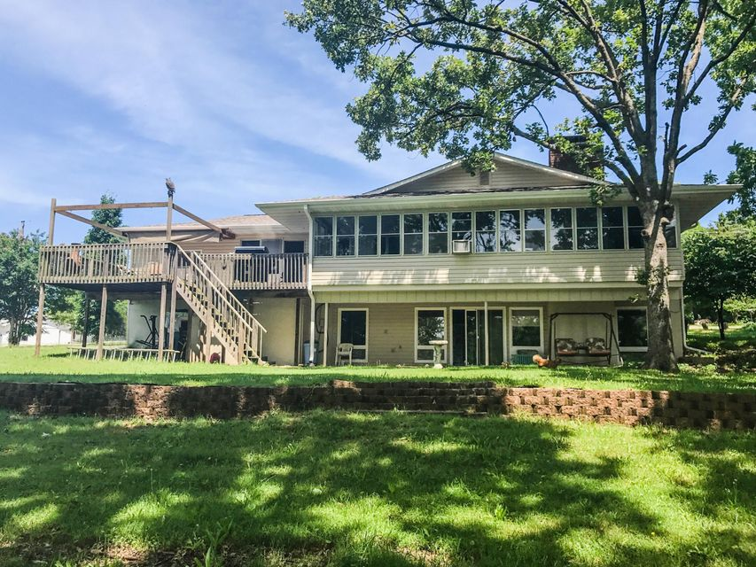 174  Sleepy Hollow Road Hollister, MO 65672