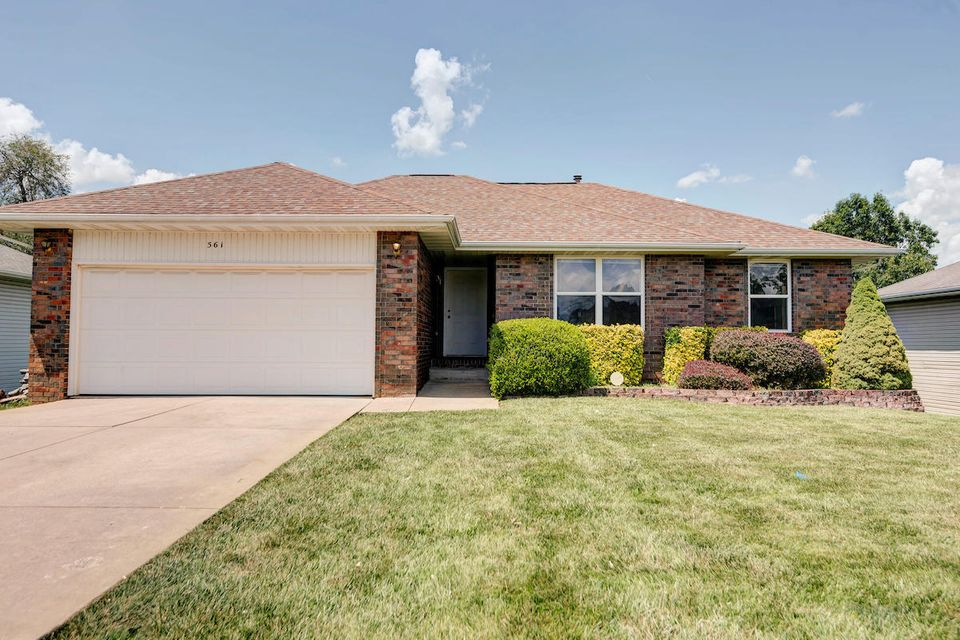 3561 West Dylan Drive Springfield, MO 65807