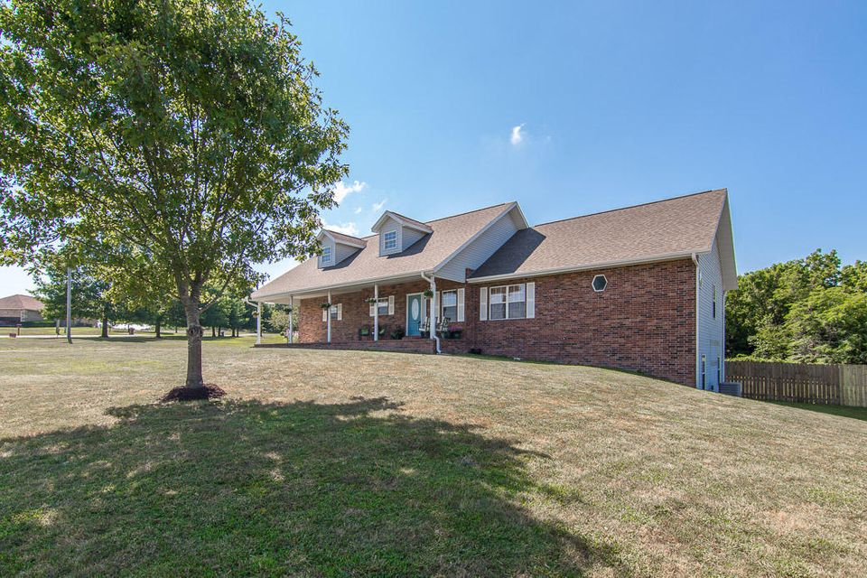 110  Raspberry Road Highlandville, MO 65669