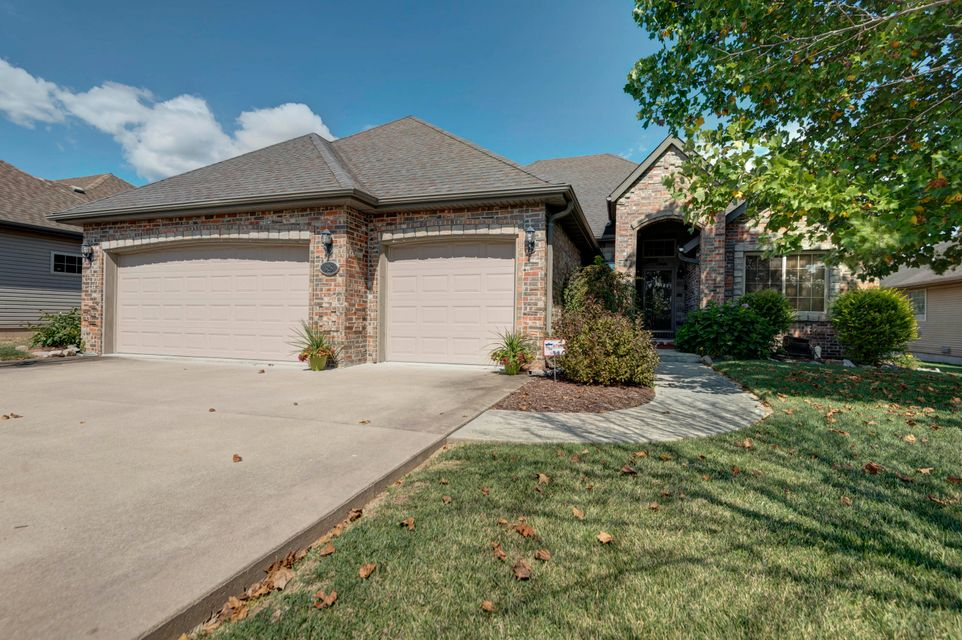 628 North Ritter Avenue Nixa, MO 65714
