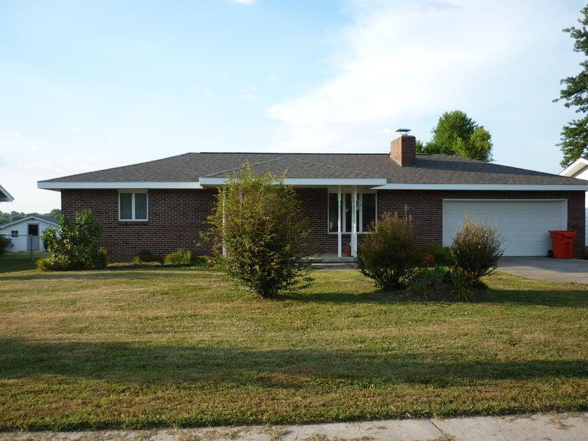 804 East Prairie Lane Ash Grove, MO 65604