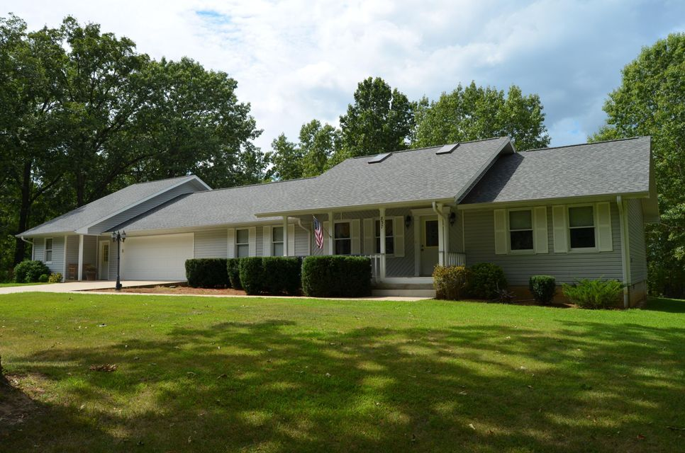 837  Millwood Drive Reeds Spring, MO 65737