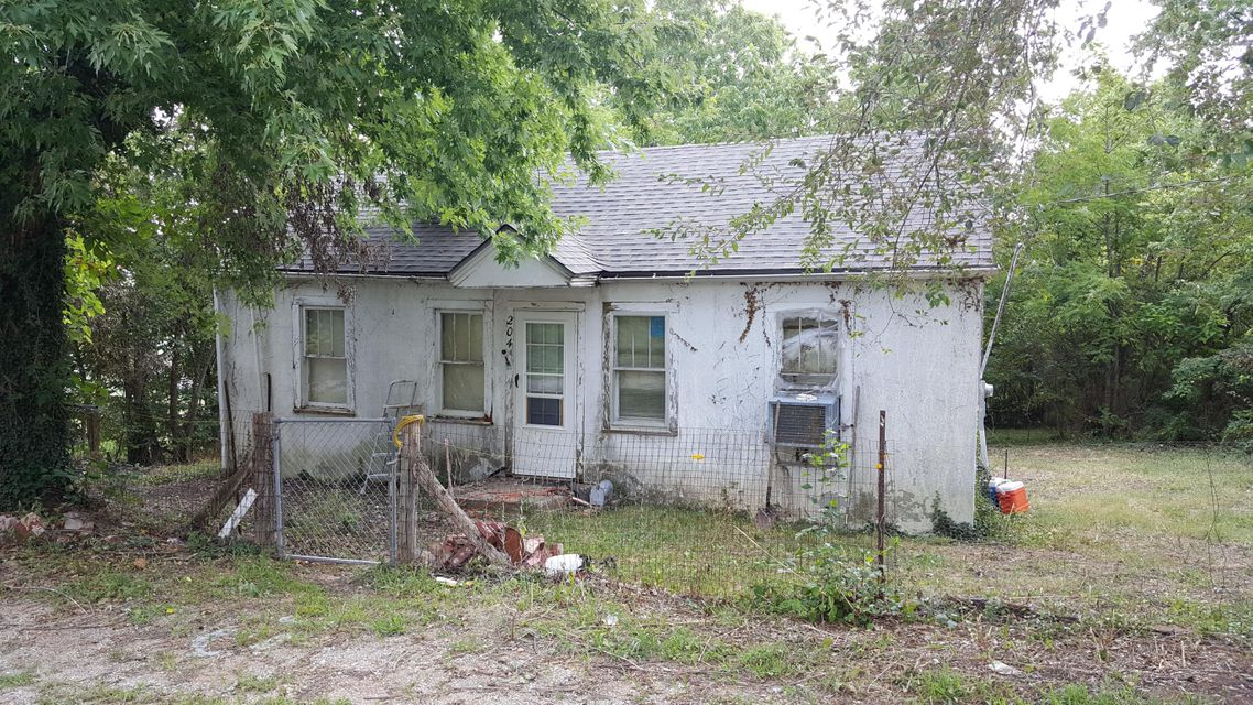 204 North Olive Street Conway, MO 65632