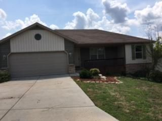 1208 West Robin Road Ozark, MO 65721