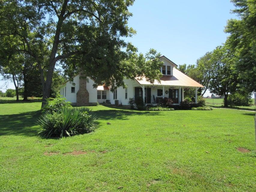 14038 West Farm Road 84 Ash Grove, MO 65604