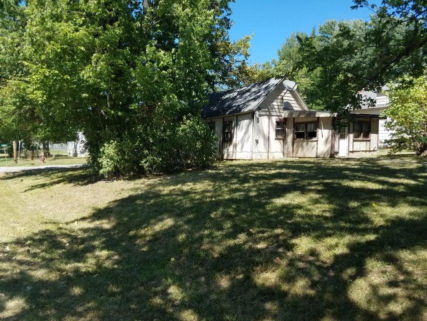 122 West Olive El Dorado Springs Mo 64744