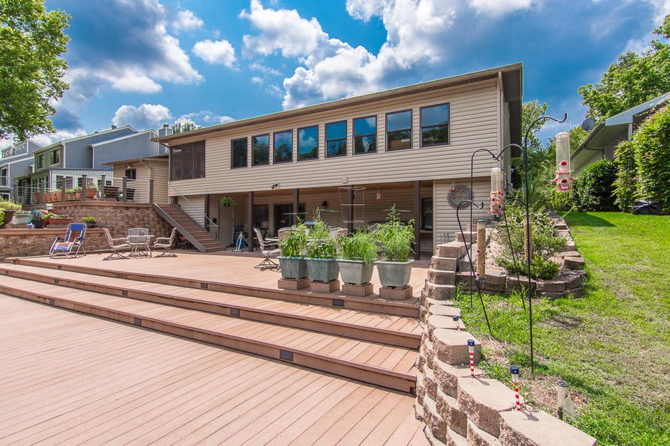 230  River Point Road Hollister, MO 65672