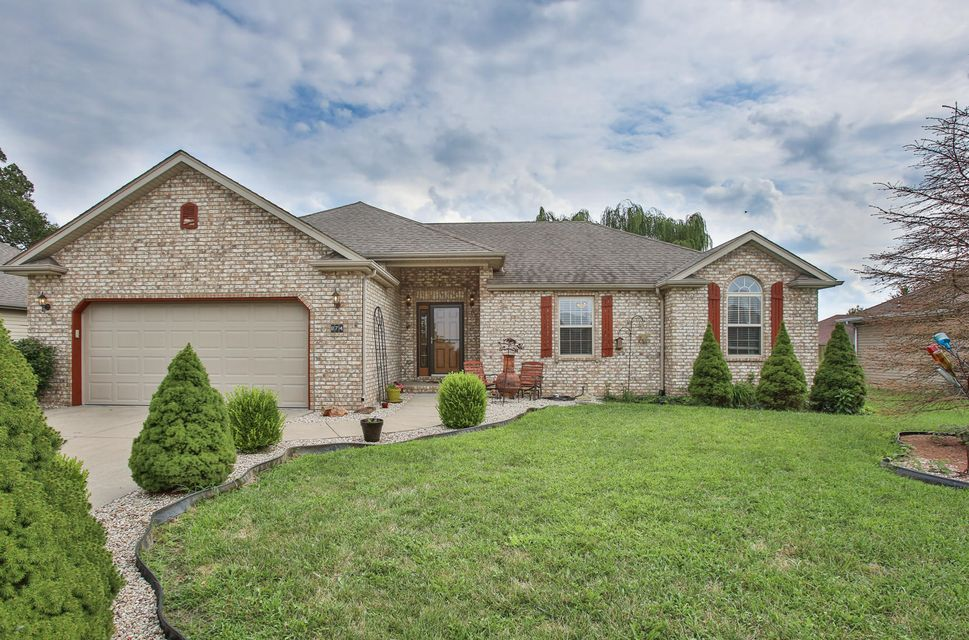 874 West Paddington Drive Nixa, MO 65714