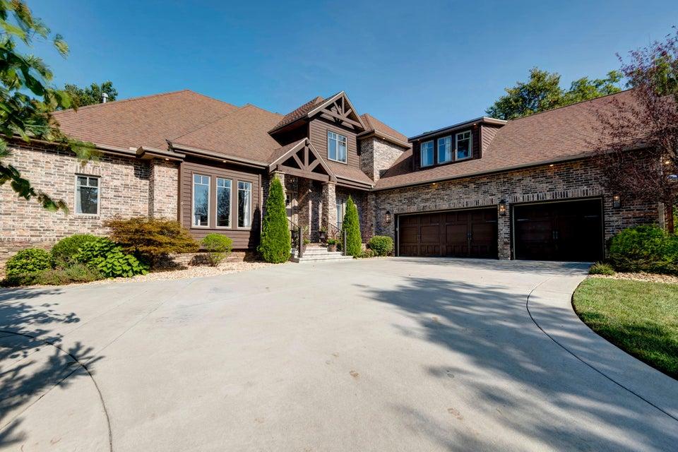 129  Pinehurst Drive Branson, MO 65616