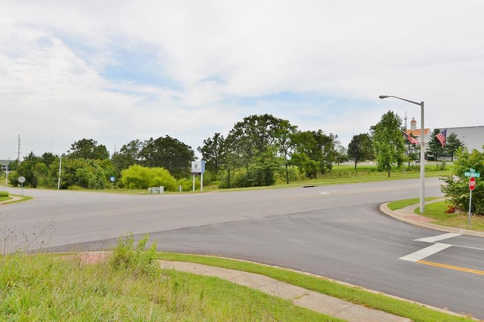 Gretna Road Branson, MO 65616