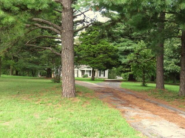 375 North Farm Road 223 Springfield, MO 65802
