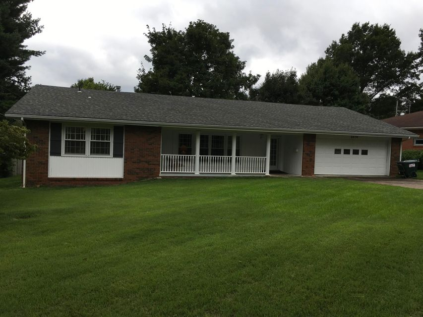 2276 East Mirabeau Street Springfield, MO 65804