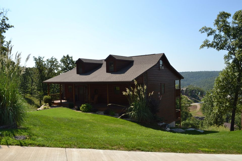 251  Pinnacle Cove Dr Lane Lampe, MO 65681