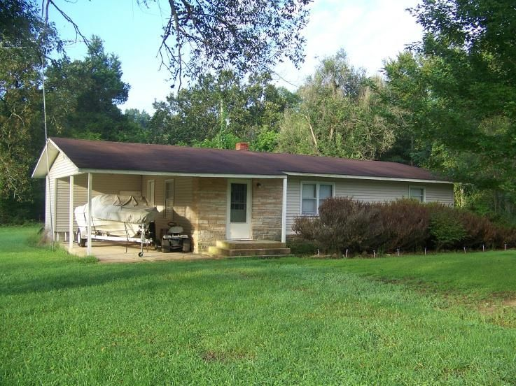 3752  State Highway 101 Bakersfield, MO 65609