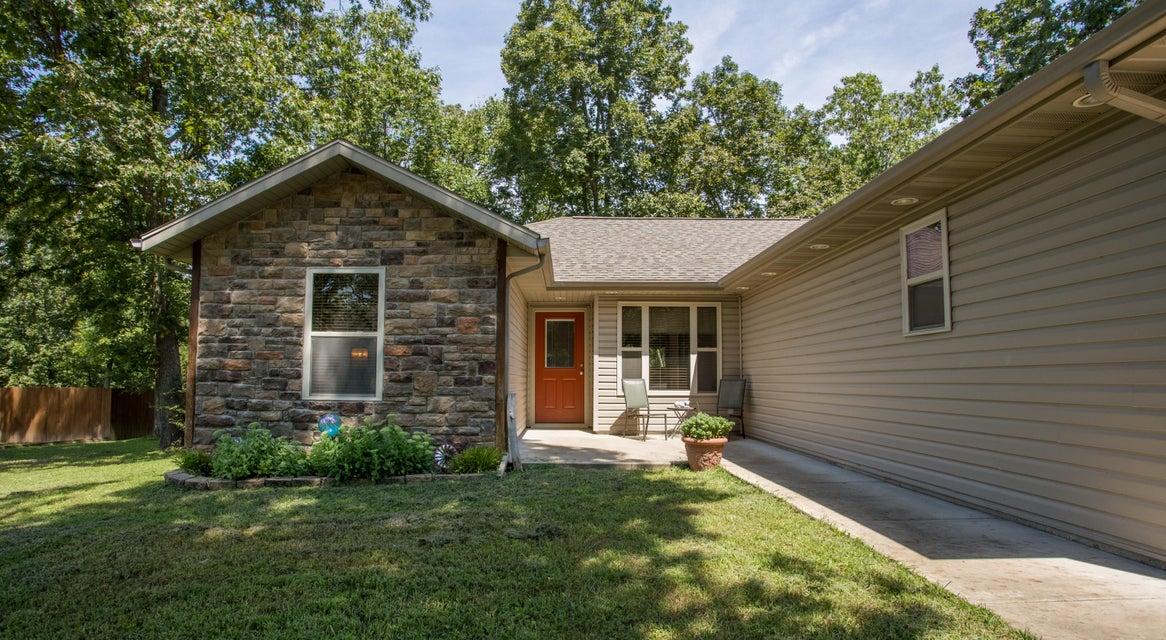135  Long Point Lane Ridgedale, MO 65739