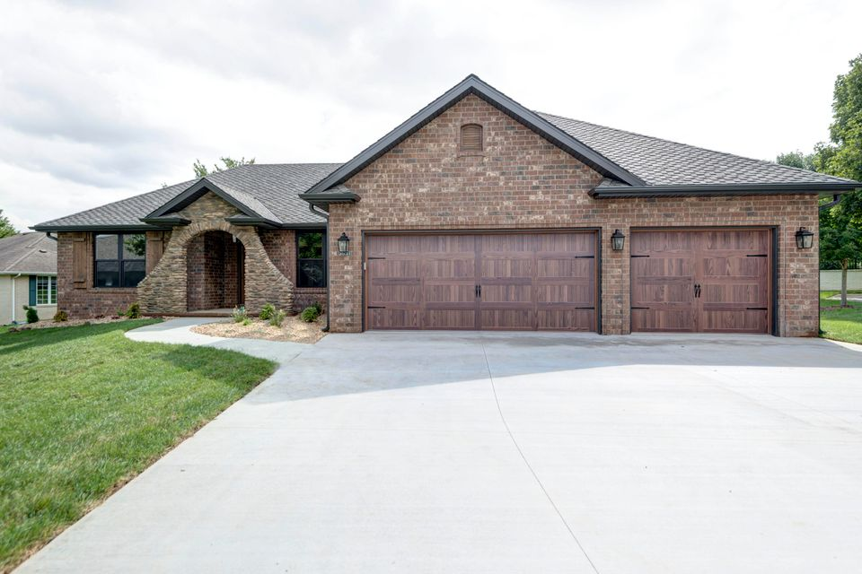 3531 East Cresswell Court Springfield, MO 65802