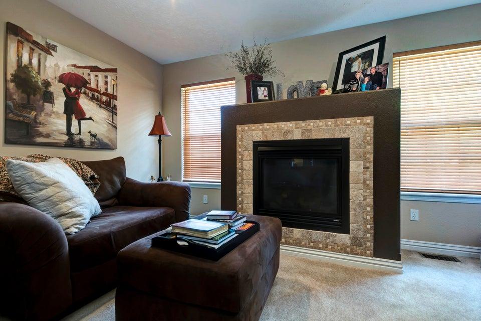 628 North Ritter Avenue Nixa, MO 65714