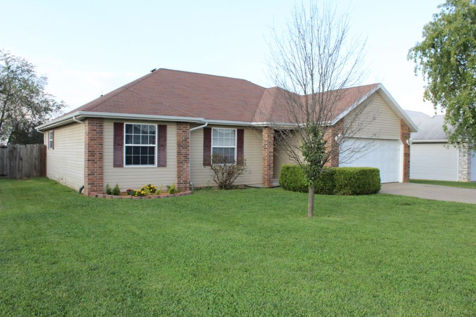 317  Shawnee Court Clever, MO 65631