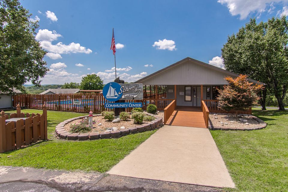 130  Starboard Drive #4 Kimberling City, MO 65686